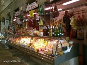 Plaza de Abastos. The lively Market of Santiago.